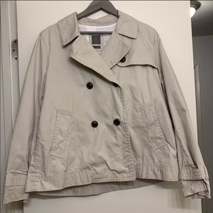 GAP khaki short trench coat size large